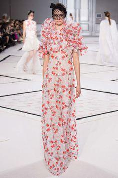 Giambattista Valli - Spring 2015 Couture - Look 36 of 47
