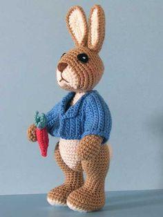 Annie's - Robbie Rabbit Crochet Pattern