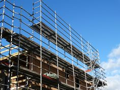Looking for a scaffolding company? Take a look at these five tips to help you make a decision:
