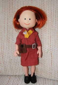 Eden MADELINE DOLL as a BROWNIE guide in brown dress + shoes