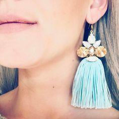 """Páči sa mi to: 17, komentáre: 1 – ArtJewelry by Kristína Jurinyi (@k.j.artjewelry) na Instagrame: """"Tak aby ste videli ako takéto ⬆️ naušky visia na ušku 🤳🏼👂🏻 #handmadejewelry…"""""""