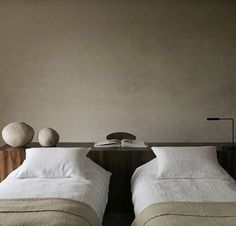 Villa E, Moroccan bedroom Home Interior, Interior Architecture, Interior Livingroom, Interior Plants, Moroccan Bedroom, Moroccan Interiors, Home Decor Bedroom, Bedroom Art, Master Bedrooms