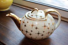 S A L E - Vintage Hall Ceramic Teapot, excellent condition, no fading, spout tip reglued. on Etsy, $30.00