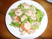 Stir-Fried Shrimp and Asparagus in Oyster Sauce Dr. David Thailand Travel Info. Tips ,advice , things to do, Maps and when. Thailand attractions, resorts , hotels and smiles