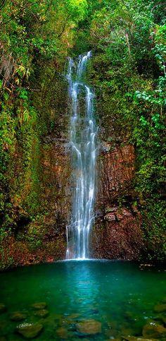✯ Serene Waterfall - Maui, Hawaii