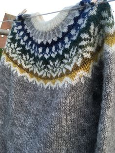 Ravelry is a community site, an organizational tool, and a yarn & pattern database for knitters and crocheters. Ropa Free People, Fair Isle Knitting Patterns, Icelandic Sweaters, Jumpers, Knitting Projects, Ravelry, Diy And Crafts, Knit Crochet, Dress Up