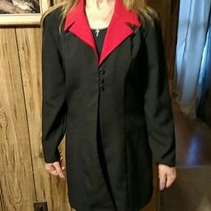 Blazer Nice black blazer with red collar. Size m excellent condition. Never been worn. Victoria Ashley, New York Jackets & Coats Blazers