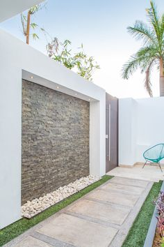 Modern patio design front yards 44 Ideas for 2019 House Fence Design, Exterior Wall Design, Modern Patio Design, Modern Landscaping, Decoration Facade, Tor Design, Compound Wall Design, Patio Wall, Backyard Patio Designs