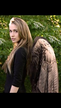 Pierra Forde as Maximum Ride! I'm trying to start an unofficial online petition for her to play Max. If enough people think so, the directors will eventually get a clue and hire her.
