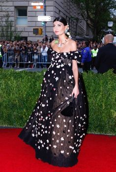 giovanna battaglia in Dolce and Gabbana | Red Carpet  www.SupernovaAccessories.com The Home of Limited Edition Fashion Accessories