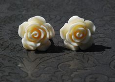 French White Rose Flower Girly Plugs 4g - ryarr.com