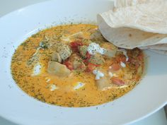 Kremet kyllingsuppe med karri, tomatar og dill #chicken #curry #cream #kremfloeyte #lowcarb #laagkarbo #lavkarbo #lchf #soup #stew #gryte #20min