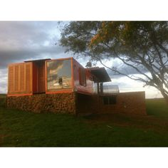 BORGES SHIPPING CONTAINER HOUSE