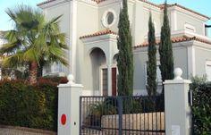 Superb V4+1 villa at The Crest, Loulé, Almancil, Algarve.