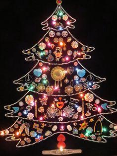 Wall Christmas Tree - Alternative Christmas Tree Ideas_40