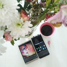 "#inst10 #ReGram @confidenceswe: Good morning #goodmorning #BlackBerry #coffee #coffeelove #blackberrypassport #sweden #BlackBerryKEYone #KEYone ...... #BlackBerryClubs #BlackBerryPhotos #BBer ....... #OldBlackBerry #NewBlackBerry ....... #BlackBerryMobile #BBMobile #BBMobileUS #BBMobileCA ....... #RIM #QWERTY #Keyboard .......  70% Off More BlackBerry: "" http://ift.tt/2otBzeO ""  .......  #Hashtag "" #BlackBerryClubs "" ......."