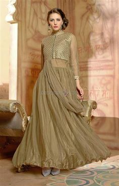 Party Wear Gowns Online : Latest Indian Gown Design of 2020 Latest Party Wear Gown, Party Wear Evening Gowns, Party Wear Gowns Online, Gown Dress Online, Evening Gowns Online, Evening Gowns With Sleeves, Glamorous Evening Gowns, Designer Evening Gowns, Designer Gowns