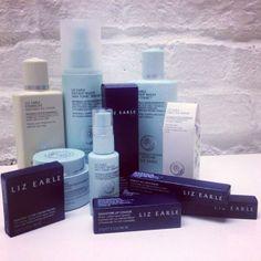 @D+V Management | #LizEarle cosmetics ready for the #AmandaWakeley show #LFW #aw14 #DandV @Liz Mester Earle @thomasdekluyver @Amanda Snelson Wakeley | Twitter