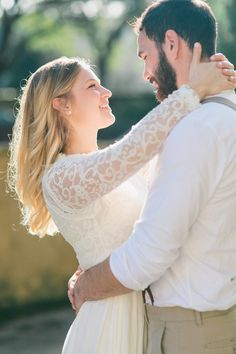 Lace sleeve gown for a wedding. Charleston elopement photo by Catherine Ann Photography