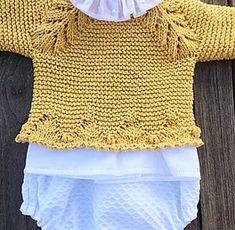 tutorial puntomoderno.com Baby Knitting Patterns, Baby Sweater Knitting Pattern, Knitting For Kids, Knitting Stitches, Baby Patterns, Knitted Dolls, Knitted Hats, Crochet Baby, Knit Crochet