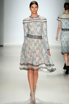 Tadashi Shoji New York Fashion Week  Spring Summer 15 New York September 2014