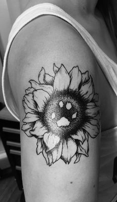 daisy with paw print - Google Search | Tattoos | Pinterest ...