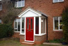 In need of brick porch designs uk? A garden porch gives an amazing and also pleasing living area throughout the summertime – possibly even into wintertime… Porch Uk, House Front Porch, Small Front Porches, Porch Doors, Front Porch Design, Porch Entry, House Entrance, Porch Decorating Ideas Uk, Porch Ideas Uk