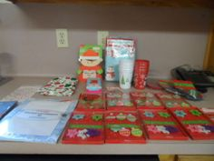 CHRISTMAS ITEMS MIXED LOT. 31 ITEMS IN LOT. NEW.
