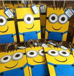 Minion candy bags, we have all you need for you next events. Minion candy bags, we have all you need Minions Birthday Theme, Minion Party Theme, Despicable Me Party, Third Birthday, 3rd Birthday Parties, Boy Birthday, Minion Party Bags, Minion Candy, Candy Bags