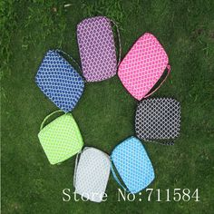 Material: microfiber, inside matching color polyester,  Size :25.5*19*5cm