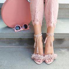 💕💕💕 @pautadeluxo 💕🌸💕🌺💕🌹💕 www.pautadeluxo.com  @silrafelli #Luxury @mulherprovocante #fashion #beleza #lifestyle #lookbook  #chic #imprensabrasil #luxo  #fotografia  #look #moda  #fashionista #magazine #elegance #modafeminina #women #model #femme #mode #chanel #make #fashionista #WeWearWhatWeWant  #moda #Paris #love #chic  #shopping #pfw  #blog #blogger