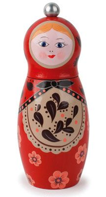 Babushka Pepper Mill is designed in the style of Russian nesting dolls and is made of beech wood.