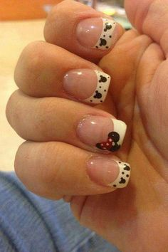 classic french nails Black And White Minnie Mouse Nails, Mickey Mouse Nails, Minnie Bow, Disney Nail Designs, Nail Art Designs, Disney Nails Art, Disney Manicure, Nail Manicure, French Nails