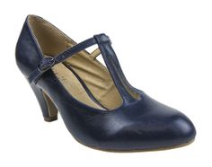 We have new Chelsea Crews in stock!!! The Ginger Heels come in Navy and Burgundy!!