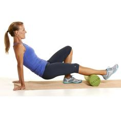 The Ultimate Anti-Aging, Pain-Fighting Workout : Foam Roll: Calves    http://www.prevention.com/fitness/strength-training/anti-aging-workout-routine-and-exercises?s=2