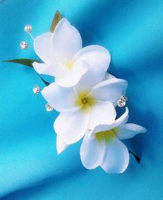 BRIDAL HAIR FLOWER - Hawaiian Plumeria, Comb, Bridal Clip, Crystals, Beach, Fascinator, Flower Headpiece, Wedding Hair Accessory, Hairpiece