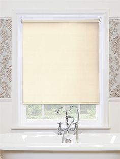 Spray White Roller Blind From Blinds Go Home Interior Ideas - Waterproof roller blind for bathroom for bathroom decor ideas
