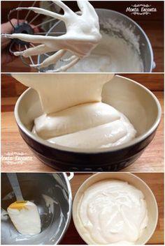 Cobertura de Marshmallow com creme de leite, é dos Deuses. Uma cobertura, super delicada, bem aerada, leve, não muito doce e para lá de gostosa. Dá um 'improve', um 'gostinho …