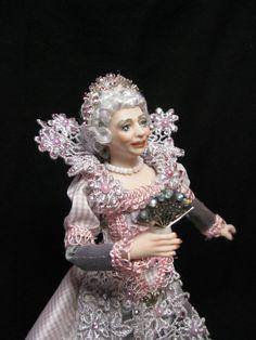 Miniature 1/12 scale porcelain doll. An Elderly by KaysStudio