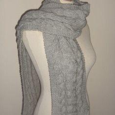 03f09a0ca849 Echarpe tricotée main en tricot irlandais, pour homme...ou femme ! Foulard
