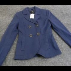 I just discovered this while shopping on Poshmark: H&M Nautical Style Navy Blue Blazer. Check it out! Price: $20 Size: 6