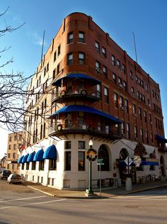 Historic Lafayette Hotel, Marietta, Ohio ~ a nice to stay while going antiquing for the weekend. 101 Front Street