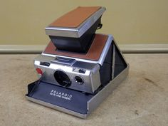 Vintage POLAROID SX-70 Land Camera Tan Brown Leather - TESTED FOR POWER ONLY #Polaroid
