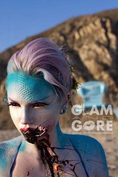 Turquoise Evil siren/ mermaid make-up for Halloween Sfx Makeup, Costume Makeup, Evil Makeup, Crazy Makeup, Makeup Looks, Mykie Glam And Gore, Helloween Make Up, Evil Mermaids, Mermaid Makeup