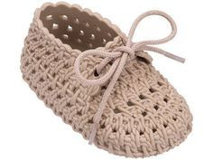Crochet Baby Shoes Mini Melissa Melissa Shoes My First Mini Tricot Flat - Crochet Booties Pattern, Baby Shoes Pattern, Crochet Baby Sandals, Knit Baby Booties, Booties Crochet, Crochet Baby Clothes, Newborn Crochet, Crochet Slippers, Crochet For Boys