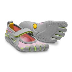 Take a look at this Gray & Pink Sprint Shoe - Kids by Vibram FiveFingers on today! Outdoor Apparel, Outdoor Gear, Pink Grey, Green And Grey, Gray, Sprint Shoes, Minimalist Sneakers, Vibram Fivefingers, Only Fashion