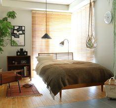 ブラウンを基調とした、落ち着いた雰囲気のベッドルーム|Re:CENO INTERIOR STYLING BOOK