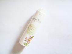 MATERNATURA: Shampoo al Cisto per capelli grassi e con forfora. Una pulizia profonda delicata e senza pensieri