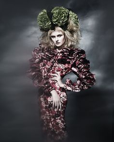 http://visualoptimism.blogspot.com/2012/11/haute-culture-kamila-filipcikova-by.html  #Damian foxe #giambatistavalli