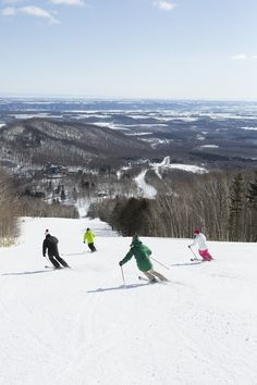 With the stunning landscape and fresh powder snow, the slopes around our resort Hokkaido are perfect for the whole family.